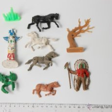 Figuras de Goma y PVC: LOTE DE CABALLOS, INDIOS, TOTEM Y VARIOS COMANSI. Lote 53044931