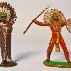 Figuras de Goma y PVC: DOS INDIOS, GUERRERO Y JEFE. COMANSI. PLÁSTICO. AÑOS 60. Lote 57099926