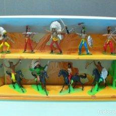 Figuras de Goma y PVC: CAJA INDIOS DE COMANSI , AÑOS 70. Lote 91017645