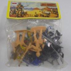 Figuras de Goma y PVC: BOLSA FIGURAS. INDIOS COWBOYS Y CABALLOS. DAVY CROCKETT DE COMANSI. HEROES DEL ALAMO. AÑOS 70. Lote 96816443