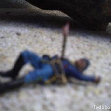 Figuras de Goma y PVC: SOLDADO MUERTO DE LA BATALLA DEL LITTER BING HON DE COMANSI. Lote 109368871
