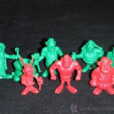 Figuras de Goma y PVC: LOTE DE 8 FIGURAS SERIE ASTERIX Y OBELIX - UDERZO 80 - NO POR SEPARADO. Lote 26333218