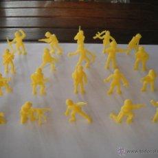 Figuras de Goma y PVC: LOTE 20 SOLDADOS AMERICANOS -AMARILLOS- DUNKIN. AÑOS 70.. Lote 45410057