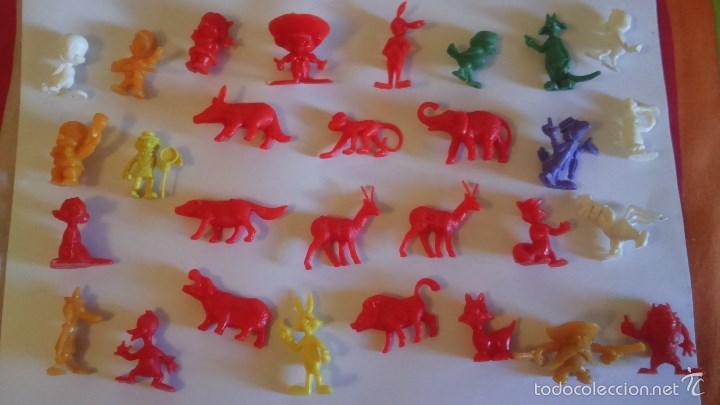 LOTE 29 FIGURAS DUNKIN (Juguetes - Figuras de Goma y Pvc - Dunkin)