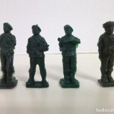 Figuras de Goma y PVC: 4 PARACAIDISTAS DEL EJERCITO- FIGURAS TODDY Nº 11, 7, 9 Y 12. Lote 75815307