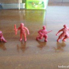 Figuras de Goma y PVC: LOTE 4 SOLDADOS RUSOS DUNKIN (MENOS UNO) ROJOS-. Lote 93389090