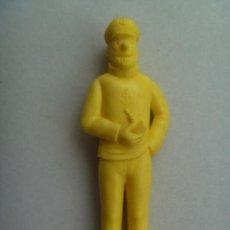 Figuras de Goma y PVC: FIGURA DE DUNKIN DE TINTIN : CAPITAN HADDOCK .. DETRAS PONE ESSO. Lote 98819628