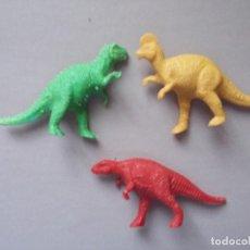 Figuras de Goma y PVC: FIGURA PLASTICO RIGIDO LOTE TRES DINOSAURIOS DUNKIN. Lote 98840687