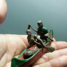 Figuras de Goma y PVC: CANOA INDIOS GAMA AÑOS 50 PERCH. Lote 77807791