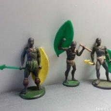 Figuras de Goma y PVC: GUERREROS GOMA GAMA AÑOS 50. Lote 77957811