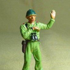 Figuras de Goma y PVC: FIGURA DE PLASTICO, SERVIDOR DEL CAÑON AMERICANO, SOLDADO MARINE, , 1960S. Lote 22970160