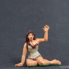 Figuras de Goma y PVC: FIGURA MUJER SENTADA EN EL SUELO. Lote 56464718