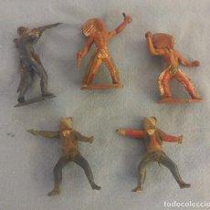 Figuras de Goma y PVC: LOTE DE INDIOS Y VAQUEROS OESTE DE GOMA DE JECSAN COMANSI ETC ORIGINAL AÑOS 60. Lote 106932835