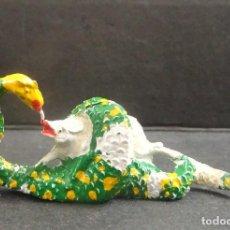 Figuras de Goma y PVC: LAFREDO ANIMALES SERPIENTE DEVORANDO GOMA. Lote 109039275