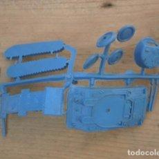Figuras de Goma y PVC: MONTAPLEX UNA COLADA DEL TANQUE SHERMAN DEL SOBRE 419 COLOR AZUL. Lote 95795831