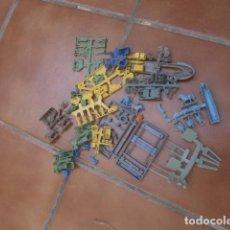 Figuras de Goma y PVC: GRAN LOTE COLADAS FUGURAS MONTAPLEX SUELTAS SACADAS DE SOBRE ,EL LOTE DE LA IMAGEN. Lote 95796815