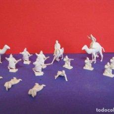 Figuras de Goma y PVC: MONTAPLEX BEDUINOS. . Lote 110106171