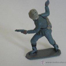 Figuras de Goma y PVC: OFICIAL ALEMAN EN PLASTICO MARCA PECH HERMANOS SERIE ALEMANES EN COMBATE. Lote 32351223