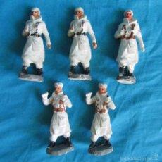 Figuras de Goma y PVC: 5 SOLDADOS ESQUIADORES DESFILE DE PECH. Lote 57442688
