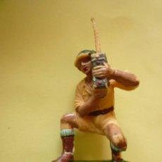 Figuras de Goma y PVC: FIGURA SOLDADO INGLES PECH. Lote 58626073