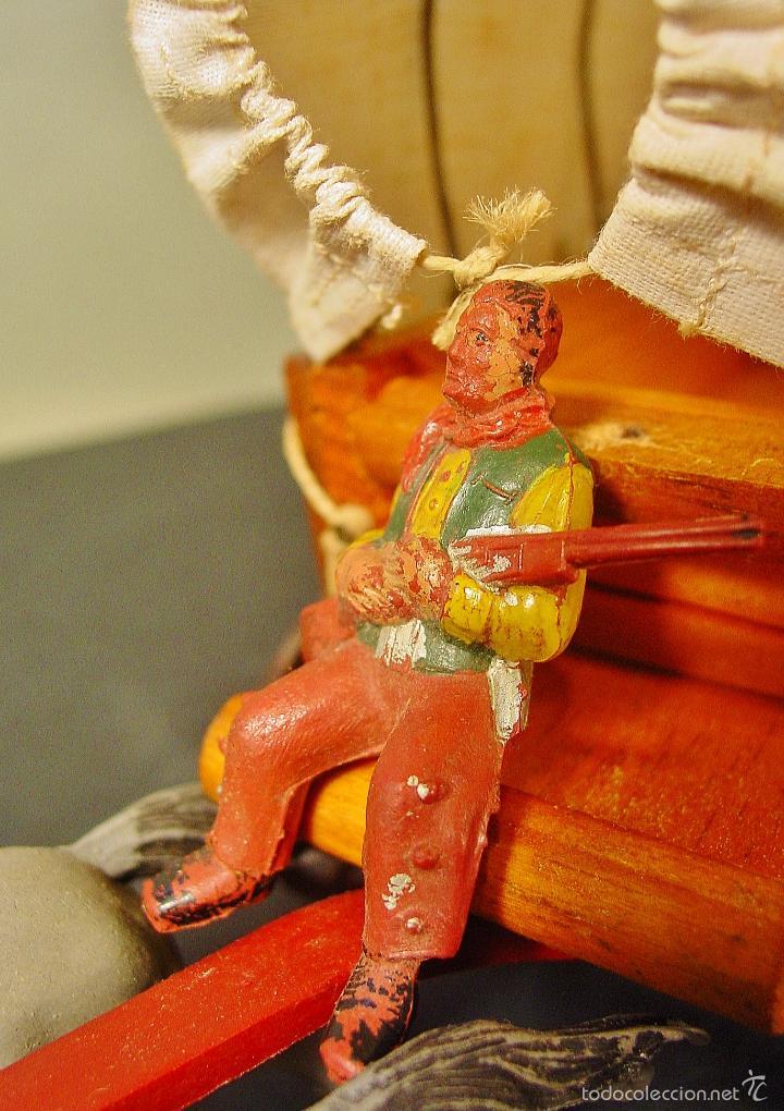 Figuras de Goma y PVC: CARRETA PECH EN MADERA, GOMA Y PLÁSTICO. AÑOS 50. CON SU CAJA. - Foto 2 - 59955927