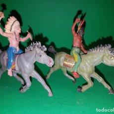 Figuras de Goma y PVC: DOS INDIOS A CABALLO DE PECH, EN GOMA.. Lote 96041003
