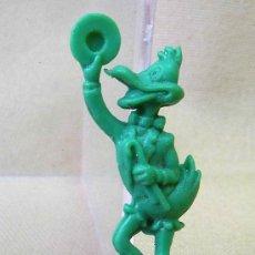 Figuras de Goma y PVC: PREMIUM PIPAS CHURRUCA, DE PLASTICO, PERSONAJE TV, PATO LUCAS, PIPERO, REGALO, 1960S. Lote 24459628