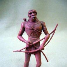 Figuras de Goma y PVC: FIGURA, GOMA, PIPERO, ABORIGEN CAZADOR, 9 CM. Lote 31709069