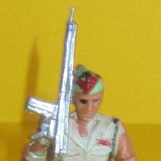 Figuras de Goma y PVC: LEGIONARIO DESFILANDO REAMSA AÑOS 60 LOTE 11. Lote 104250231