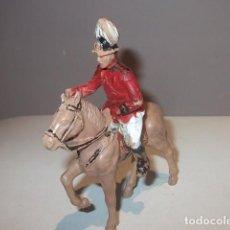 Figuras de Goma y PVC: REAMSA SOLDADO GUARDIA REAL A CABALLO EN PLASTICO BUEN ESTADO,BARATO. Lote 105943171