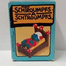 Figuras de Goma y PVC Schleich: PITUFO DURMIENDO (EN CAJA) LOS PITUFOS SCHLEICH PEYO PITUFO CAMA SMURFS BARRUFETS SUPER PITUFO. Lote 95390839