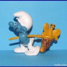 Figuras de Goma y PVC Schleich: PITUFOS ORIGINALES SCHLEICH 40209 SUPER PITUFO CAZAMARIPOSAS. Lote 95495351