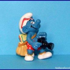 Figuras de Goma y PVC Schleich: PITUFOS SCHLEICH FIGURA 20455 PITUFO TURISTA. Lote 98505447