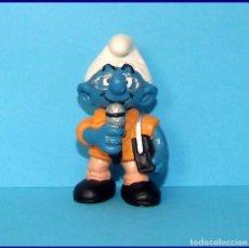 Figuras de Goma y PVC Schleich: PITUFOS SCHLEICH FIGURA 20478 PITUFO PERIODISTA. Lote 98505519