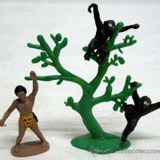 Figuras de Goma y PVC: TARZÁN Y DOS MONOS DE MANUEL SOTORRES EN PLÁSTICO DURO AÑOS 60. Lote 11434378
