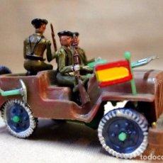 Figuras de Goma y PVC: ANTIGUO JEEP MILITAR, SOLDADOS, FABRICADO POR SOTORRES, 1960S. Lote 103952967