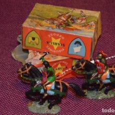 Figuras de Goma y PVC: LOTE DE 2 CABALLOS NEGROS / DEUX CHEVAUX NOIRS - STARLUX ANCIEN - 6104 BIS / 6102 BIS - ¡HAZ OFERTA!. Lote 85667548