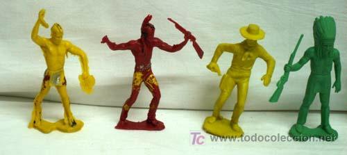 Figuras de Goma y PVC: 7 Indios y 1 vaquero de plástico de Pipero - Foto 2 - 5300536