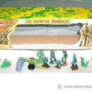 Figuras de Goma y PVC: CAJA SOLDADOS ALEMANES Y COMPLEMENTOS, PLÁSTICO, PECH, ORIGINAL AÑOS 60-70.. Lote 27200891