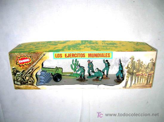 Figuras de Goma y PVC: Caja soldados Alemanes y complementos, plástico, Pech, original años 60-70. - Foto 5 - 27200891