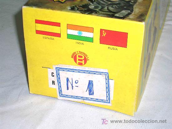 Figuras de Goma y PVC: Caja soldados Alemanes y complementos, plástico, Pech, original años 60-70. - Foto 6 - 27200891