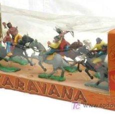 Figuras de Goma y PVC: CAJA VITRINA CON FIGURAS DE EL OESTE AÑOS 60. Lote 25736699