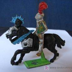 Figuras de Goma y PVC: CABALLERO CON ESCUDO CON LEON - BRITAINS DEETAIL. Lote 26488218