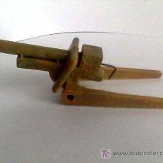 Figuras de Goma y PVC: SOTORRES-CAÑON DE PLASTICO CON MUELLE- REF.2822. Lote 53943775