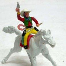 Figuras de Goma y PVC: VAQUERO A CABALLO DE MANUEL SOTORRES DE PLÁSTICO AÑOS 60. Lote 16637005