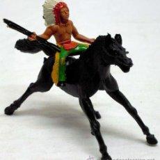 Figuras de Goma y PVC: JEFE INDIO A CABALLO DE MANUEL SOTORRES EN PLÁSTICO AÑOS 60. Lote 16637016