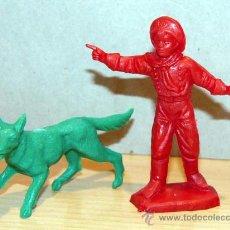 Figurines en Caoutchouc et PVC: FIGURAS DE PLASTICO PERRO PASTOR ALEMAN RINTINTIN RIN-TIN-TIN Y CABO RUSTY. Lote 51507265