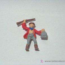 Figuras de Goma y PVC: INDIOS Y VAQUEROS ANTIGUOS PINTADOS A MANO. Lote 24659270