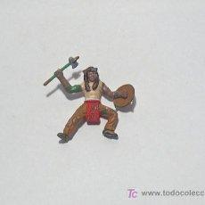 Figuras de Goma y PVC: INDIOS Y VAQUEROS ANTIGUOS PINTADOS A MANO. Lote 27579264