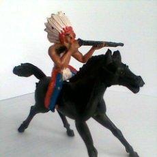 Figuras de Goma y PVC: SOTORRES JINETE INDIO + CABALLO PATAS NEGRO- REF,2817. Lote 131746567